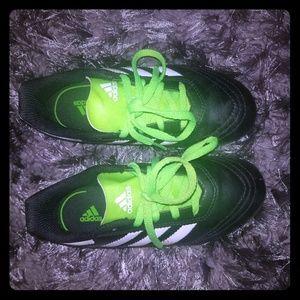 Adidas Boys soccer cleats sz13